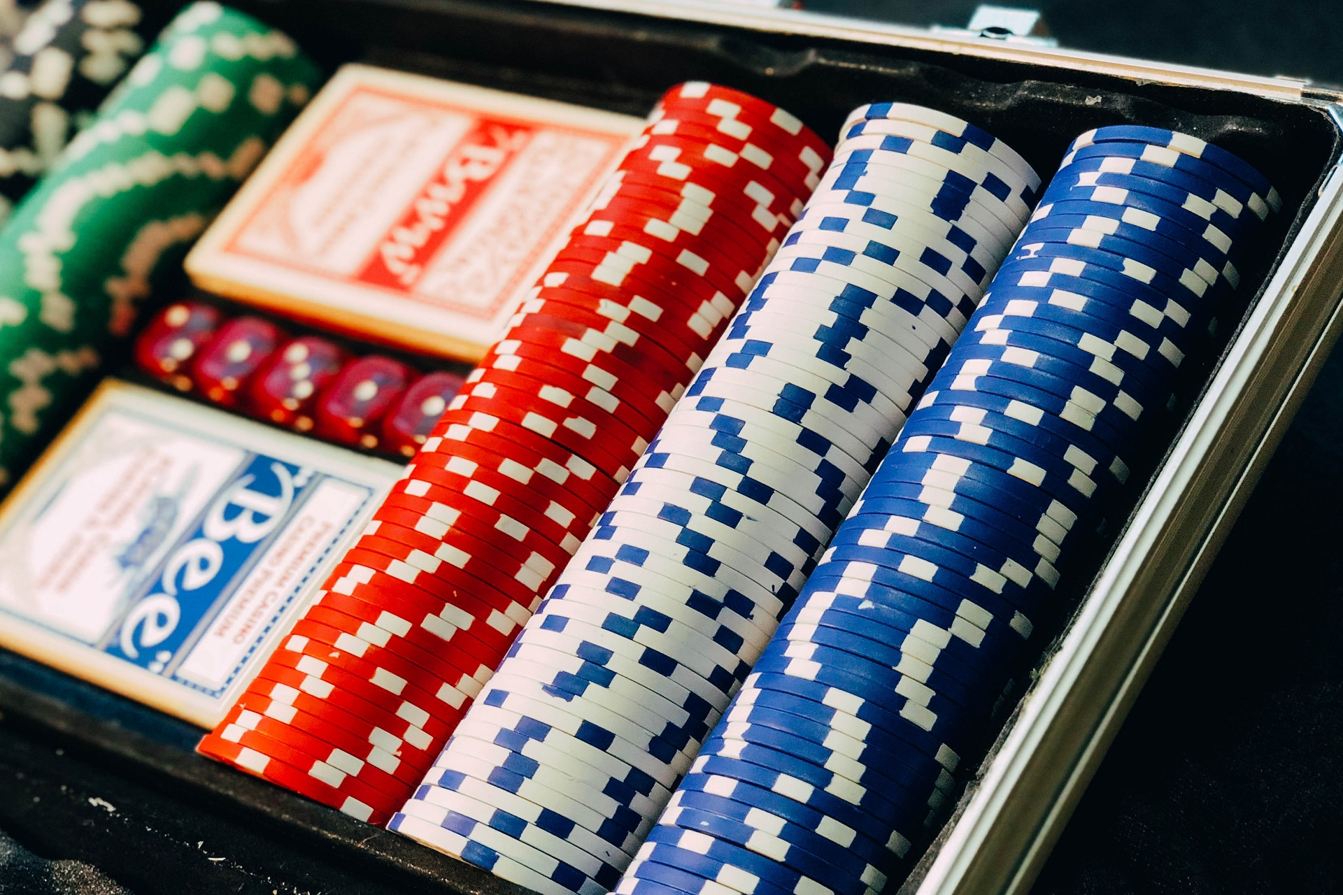 Playing Poker In New Zealand